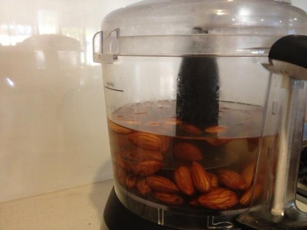 Almond milk_Step 2