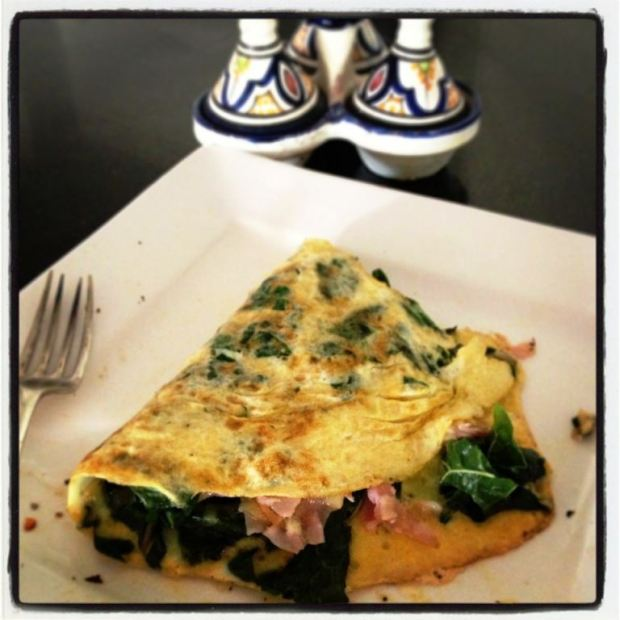 Ham, cheese and spinach omelette