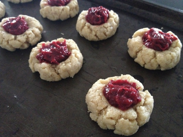 Sugar- and gluten free jam drops ready for the oven - yum!
