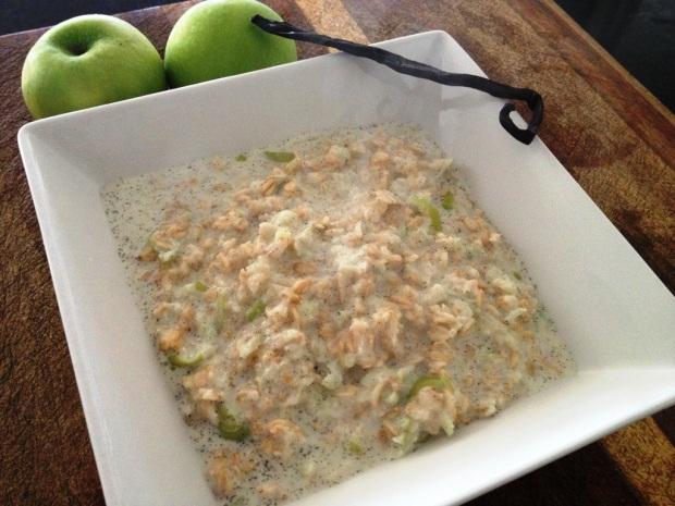 Vanilla bean porridge with fresh apple and cinnamon
