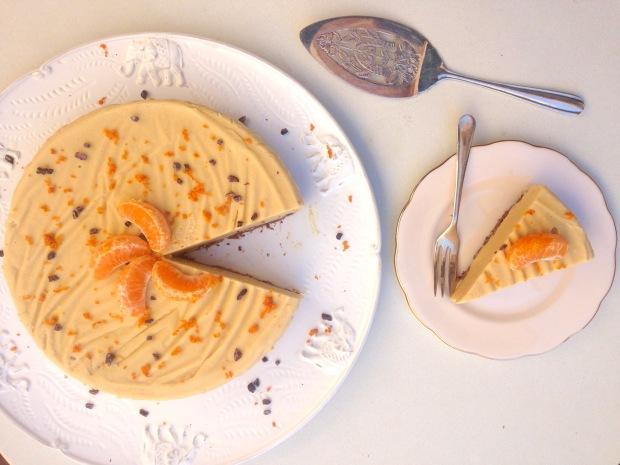 Raw mandarin cheesecake
